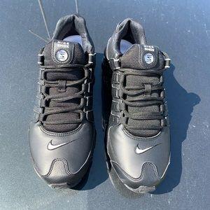Nike Shox Mens Casual Running Shoes Black SZ 10.5